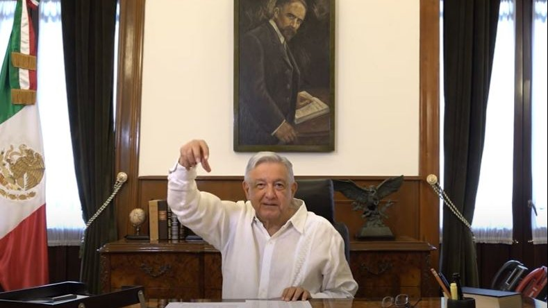President López Obrador during today's message in National Palace.