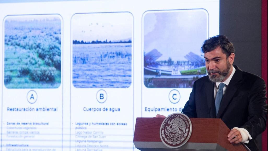 The Texcoco Lake Ecological Park project was presented by CONAGUA head Blanca Jiménez and the project's  head Iñaki Echevería.
