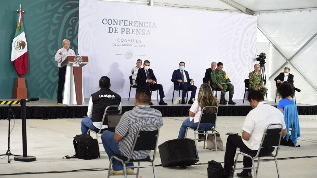 President López Obrador held his daily briefing and the security cabinet meeting today in Torreón.