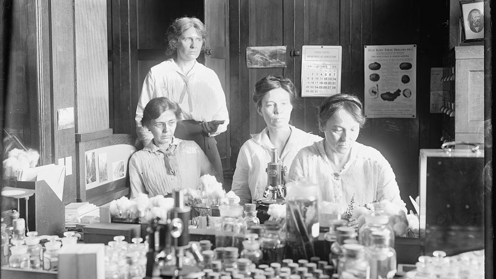 Recognizing Women in Science